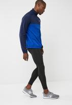 New Balance  - Tenacity zip through jacket