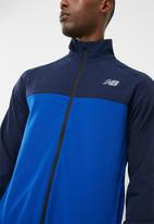 New Balance  - Tenacity zip through jacket