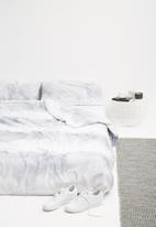 Sixth Floor - Fog duvet cover set