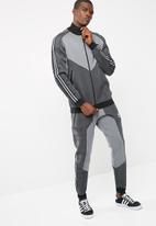adidas Originals - Deerupt track top