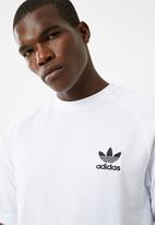adidas Originals - Cali tee