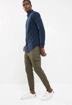 basicthread - Slim Oxford shirt
