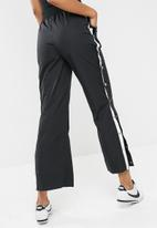 Nike - NSW pant snap archive
