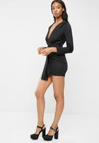 Missguided - Satin tie front knot shift dress