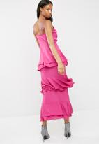 Missguided - Strappy tiered frill maxi dress