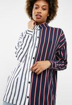 Missguided - Striped long line shirt