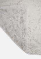 Hertex Fabrics - Mink faux fur throw