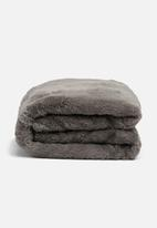Hertex Fabrics - Mink faux fur throw
