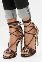 Missguided - Gillie tie platform velvet sandal