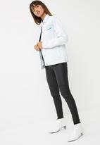 Cotton On - Boyfriend trucker embroidered denim jacket