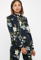 Vero Moda - Aya shirt