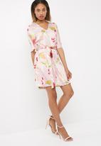 Vero Moda - Jessica floral dress
