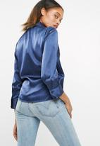 Vero Moda - Henna satin wrap top