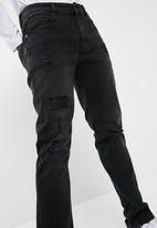 basicthread - Slim fit