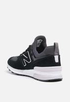 New Balance  - WS574EB