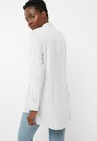 Jacqueline de Yong - Togo long shirt