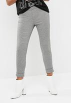 dailyfriday - Houndstooth pant