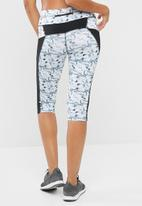 dailyfriday - Printed capri leggings