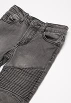 Cotton On - Kids marshall slim leg jean
