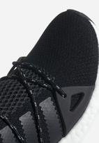 adidas Originals - Arkyn - Core Black / Ashpea