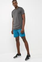 basicthread - Mesh panel shorts