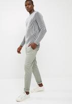 basicthread - Chunky textured pullover