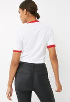 Missguided - Red trim heart chest detail