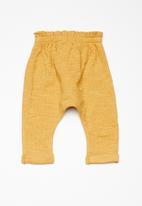 Cotton On - Baby alison mini pant