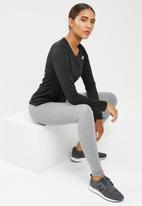 New Balance  - Accelerate long sleeve top