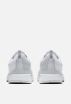 Nike - Dualtone