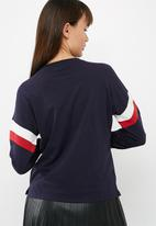 New Look - Raglan sports tee