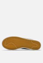 Nike - Blazer Low LE Basketball