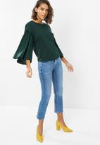 New Look - Flare sleeve frill top