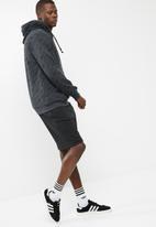 adidas Originals - Eqt shorts