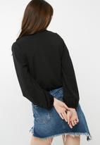 dailyfriday - Knit wrap top