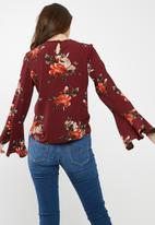 dailyfriday - Flared sleeve blouse