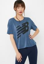 New Balance  - Essentials track club tee