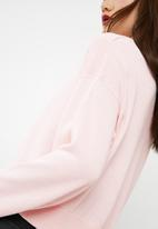dailyfriday - Dropped shoulder knit - pink