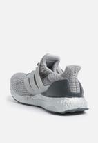adidas Performance - Ultraboost - medium grey heather solid grey / dark grey heather solid