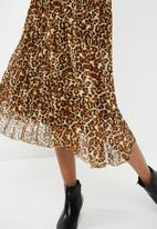 dailyfriday - Sunray pleated midi skirt