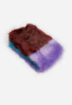 Missguided - Colour block faux fur shawl