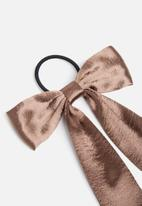 New Look - Oversized satin bow hair tie