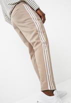 adidas Originals - Mens Beckenbauer TP - Vapour Stone - White