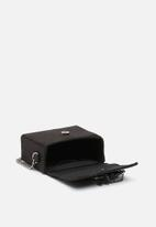 New Look - Embellished micro boxy xbody clutch