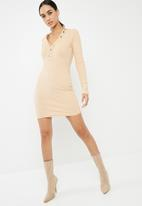 Missguided - Ribbed long sleeve popper bodycon dress