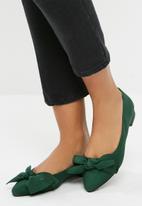 dailyfriday - Bow detail pump - green