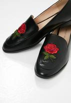 dailyfriday - Rose embroidered slip on loafer - black