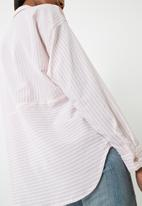 ONLY - Elena striped oversized shirt