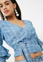 Missguided - Check wrap around tie waist denim blouse