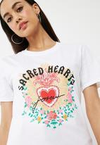 Missguided - Sacred hearts slogan t-shirt